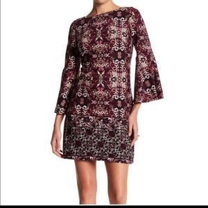 Vince Camuto Bell Sleeve Print Dress